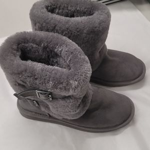 New Cloud Nine Sheepskin Boots